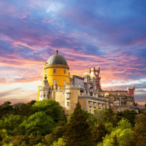 Small group tour to SIntra