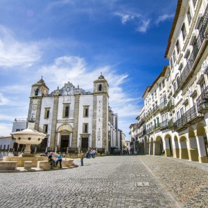 Giraldo square located on Evora